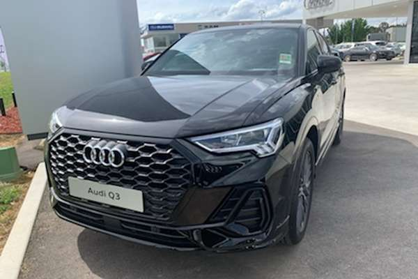 2020 AUDI Q3 35 TFSI Launch Edition F3