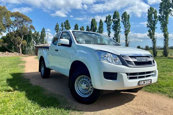2016 ISUZU D-MAX SX High Ride (No Series)