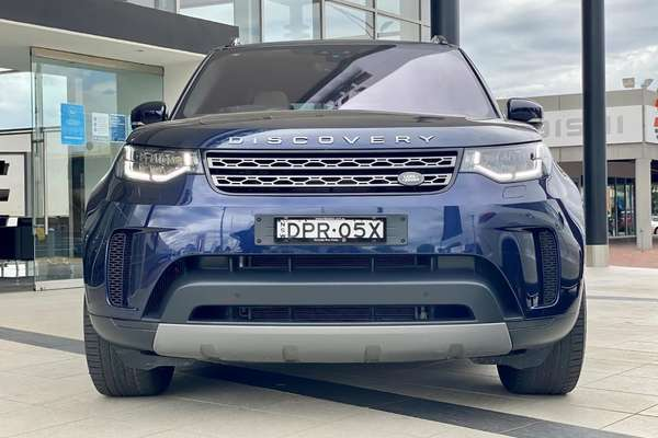 2017 LAND ROVER DISCOVERY TD6 S Series 5