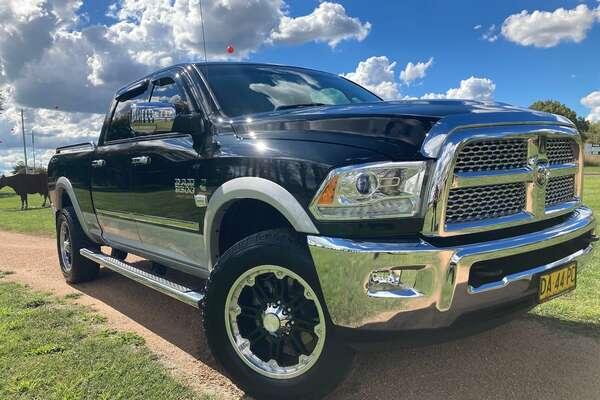 2015 RAM 3500 Laramie (No Series)