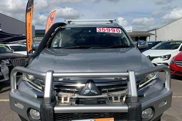 2016 Mitsubishi Pajero sport  DIESEL AUTO