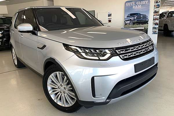 2017 LAND ROVER DISCOVERY TD6 HSE Luxury Series 5