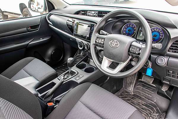 2019 TOYOTA HILUX Workmate TGN121R