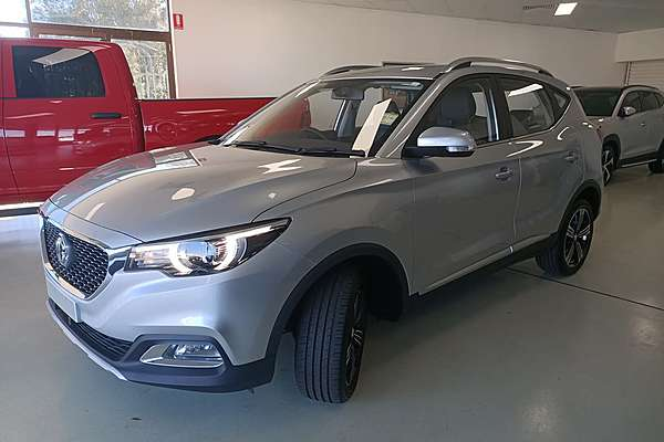 2019 MG ZS Essence AZS1